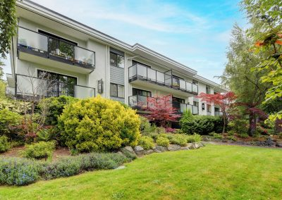 250 Gorge Road West